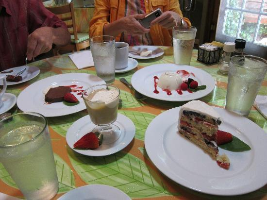 Wild Thyme Gourmet: Dessert sampling.  The fruit cake, a recent recipe by our server, was outstanding!