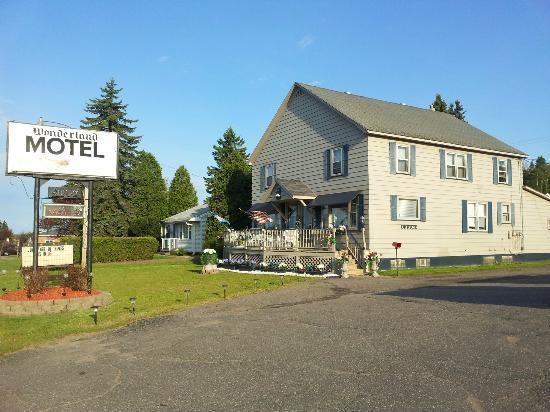 Wonderland Motel Ishpeming Tripadvisor