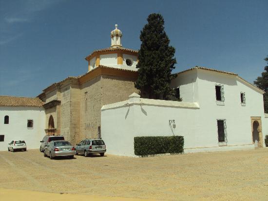 Monasterio de La Rábida: Vista exterior del monasterio.
