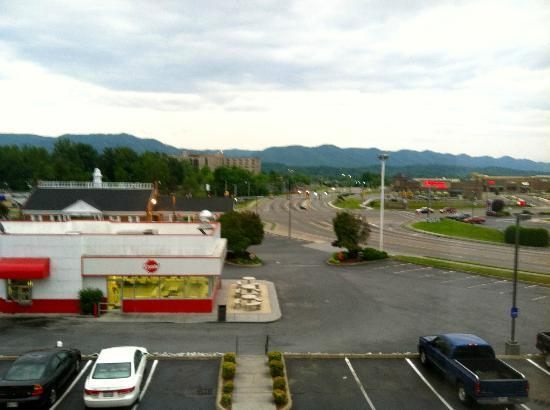 Hampton Inn Johnson City: The View From My Room on the Third Floor Corner Front