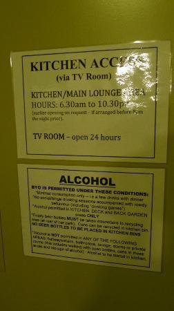 تيكي لودج: Hostel Rules - printed clearly
