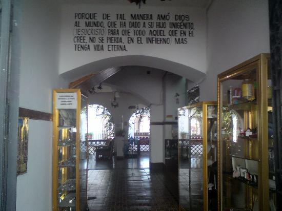 Hotel Melendez: Entrada del Hotel