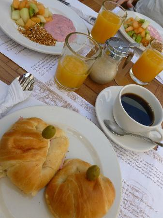 Hotel Posada Sian Ka'an: breakfast
