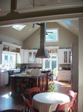 The Groome Inn: Fantastic Kitchen!