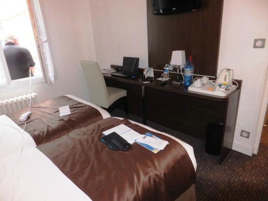 Comfort Hotel d'Angleterre : the room