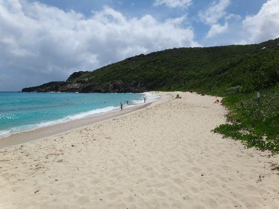 Anse du Gouverneur: Gouverneur beach at one end looking to the south