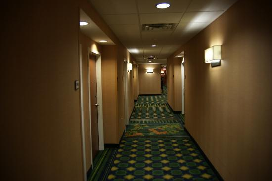 Fairfield Inn & Suites Oklahoma City NW Expressway/Warr Acres: Hallway