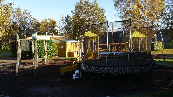 All Seasons Holiday Park Taupo : Children play area