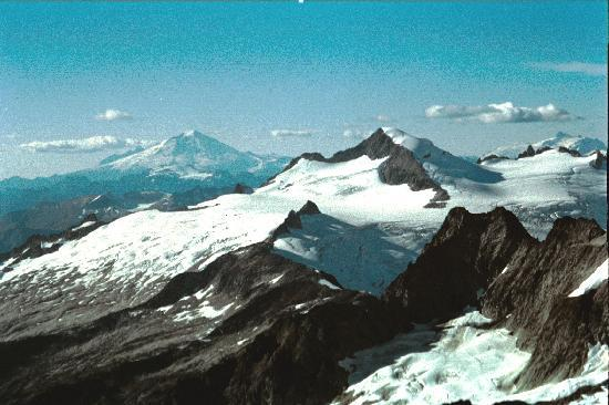 Get In The Wild Adventures: North Cascade Mountains in Washington State