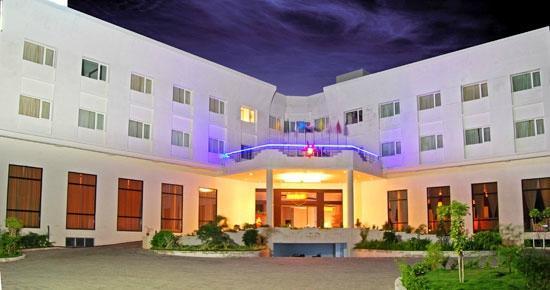 Poppys Hotel: 8