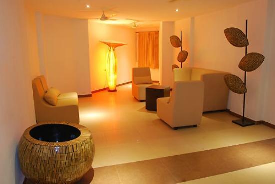 Poppys Hotel: 10