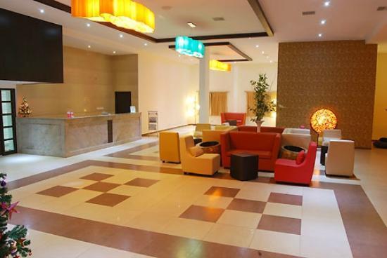 Poppys Hotel: 11