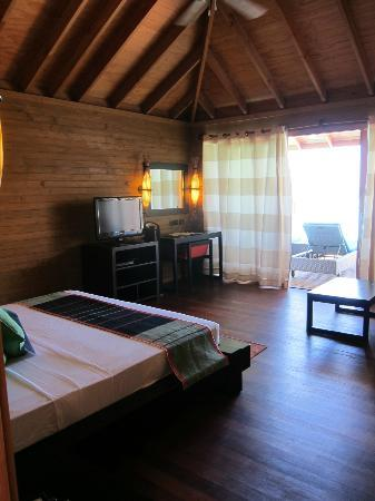 Vilamendhoo Island Resort & Spa : Room