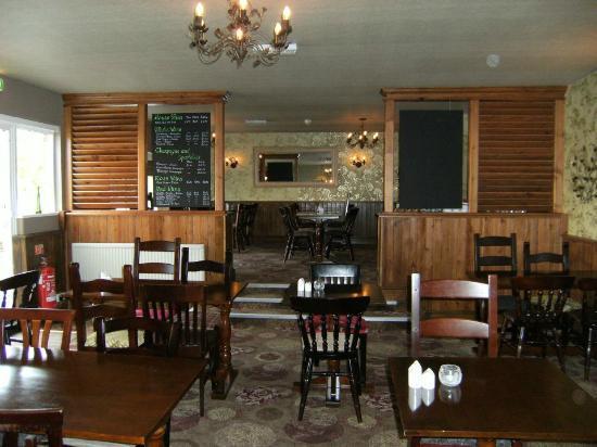 Inside The Butt Inn, Aldermaston Wharf