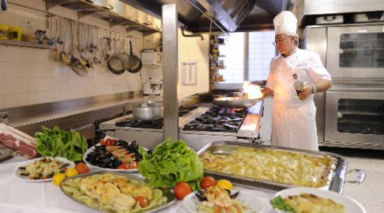 Hotel Adler: Cucina