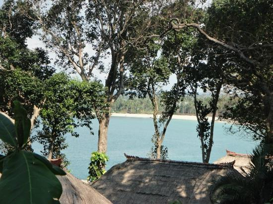 Banyan Tree Bintan: Bungalows und Strandansicht