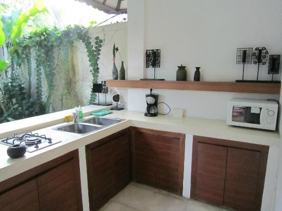De Ubud Villas & Spa: kitchen