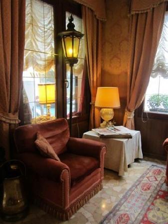 Hotel Lisbona: hall