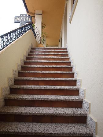 Hostal Yuste: Subida escaleras