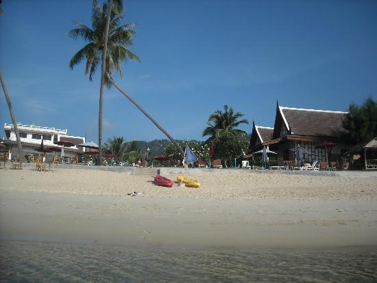 Thai Ayodhya Villas & Spa: L'hotel dalla spiaggia
