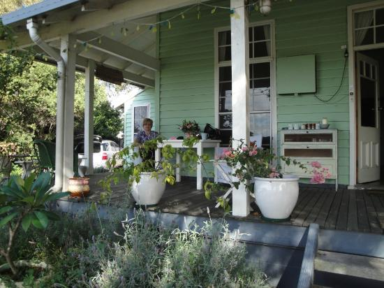 Huskisson Bed and Breakfast: Lovely verandah,great place for a cuppa.