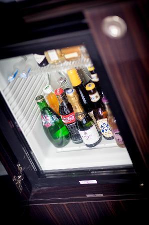 Hotel MANI: Minibar