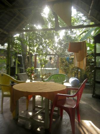 Shiva Garden: Dining area