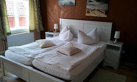 Hotel Restaurant Zum Alten Schifferhaus: Zimmer 16 im Nebengebäude