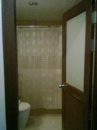 Platinum Hotel: Bathroom