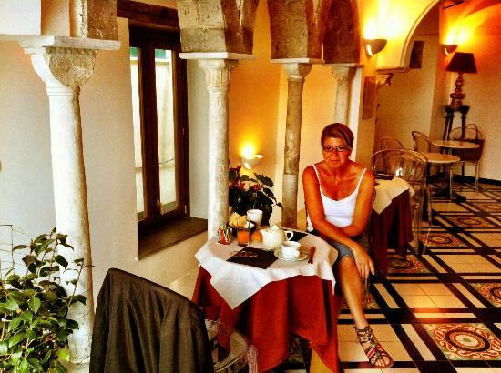 Hotel Croce di Amalfi: Breakfast room