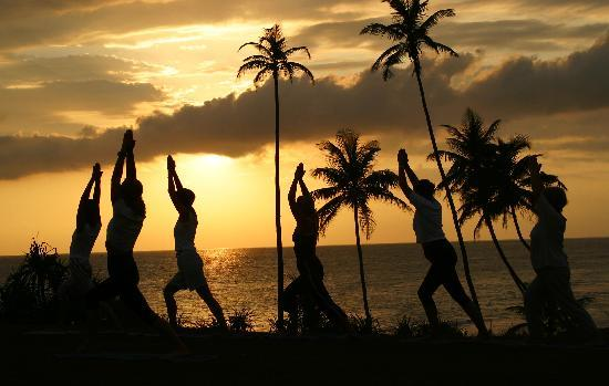 Barberyn Beach Ayurveda Resort : Yoga at sunset