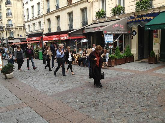 هوتل دو لاتور ماوبروج: Restaurantes excelentes a 200 metros del Hotel