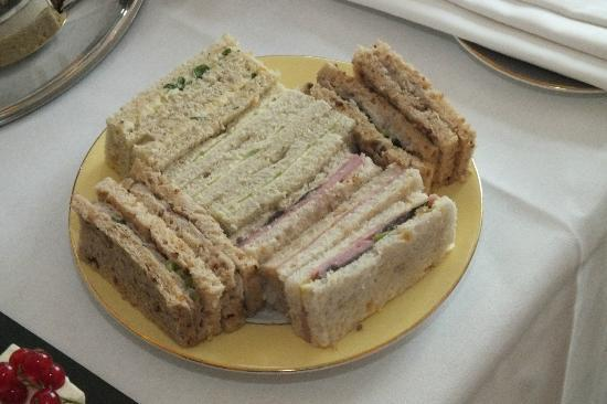 The Athenaeum Hotel & Residences : Afternoon Tea - Sandwich Selection