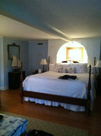 Cuthbert House Inn: Mariner Suite