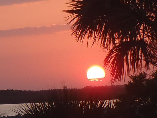 Ponce Inlet, FL: Sunset from the park