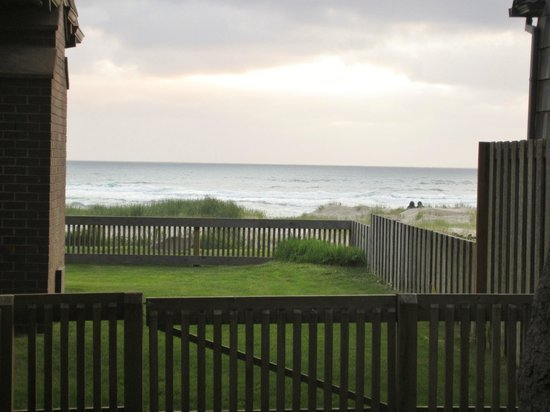 Oceanspray Inn : View from the drive (one house away from beach)