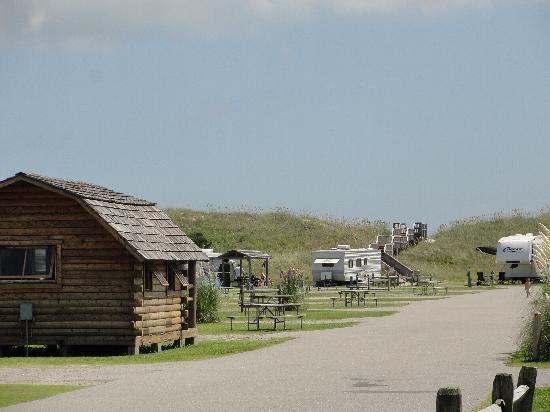 Cape Hatteras KOA Resort : campground and beach entrance