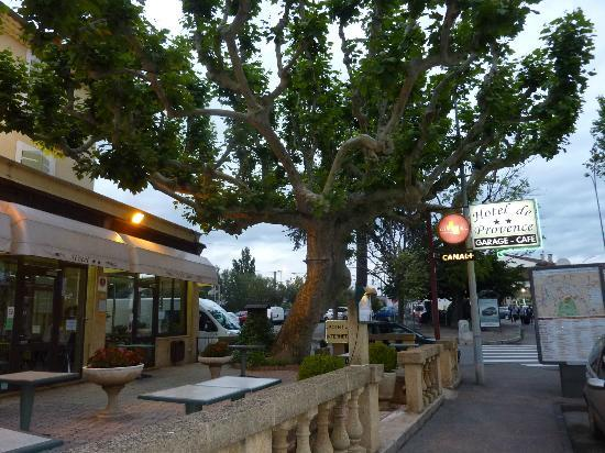 Citotel de Provence : From the outside