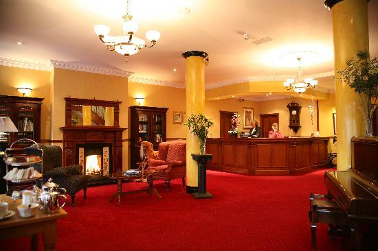 Brook Lodge Hotel: Reception