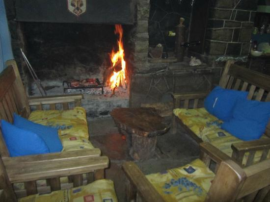 Refugio San Bernardo: Hogar a leña