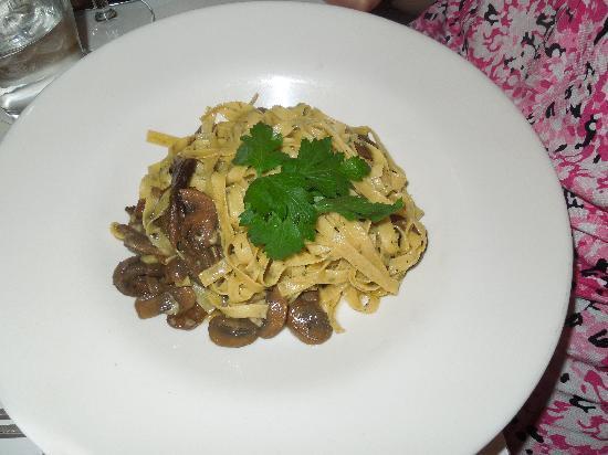 Trattoria Dopo Teatro : chestnut pasta with wild mushrooms