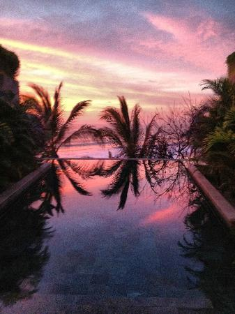 Imanta Resort: One of the best sunsets I've ever experienced. Thanks Imanta