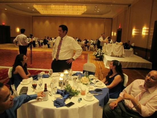 Hilton Washington Dulles Airport: Belmont Room Wedding Reception