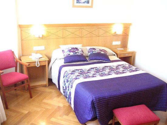 Photo of Cristal 2 Hotel La Coruña