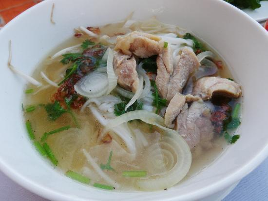 Grace Boutique Resort: Vietnamnese noodle with Chicken