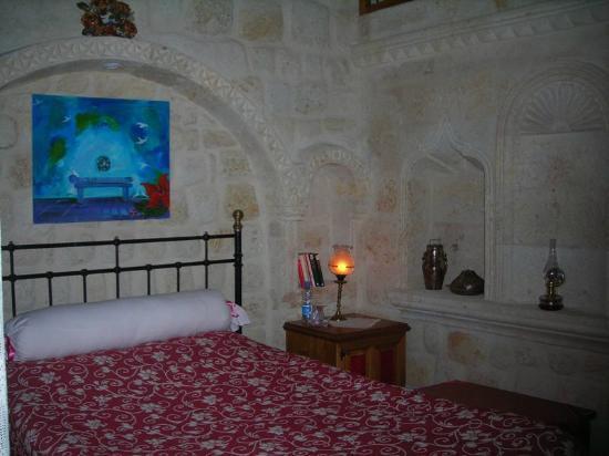 Yasemin Cave House: Kemerli Oda İç Grünüşü