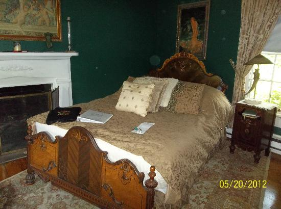 Cooper's Landing Inn: Midsummer Nights Dream Suite