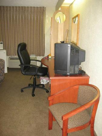 Sleep Inn: Office Desk in Room
