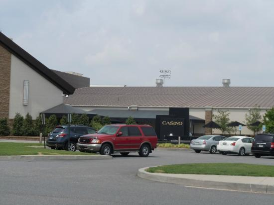 Harrington Raceway & Casino : Casino Side Entrance