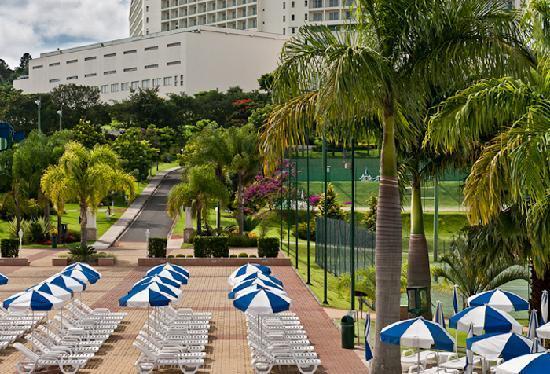 Bourbon Atibaia Convention & Spa Resort: Piscina Infantil + Piscina Semi-Olímpica  – Praça das Palmeiras
